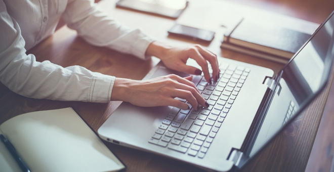 Raport HR Review & Trends