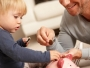 Peste 177.000 de persoane au beneficiat, în septembrie, de indemnizaţii pentru creşterea copilului