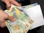 Poșta Română a început distribuirea pensiilor în plic. Poștașii, echipați cu măști și mănuși