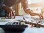 Guvernul a aprobat eșalonarea datoriilor restante de la instituirea stării de urgență și a decis prelungirea, până la 25 decembrie, a perioadei în care nu se percep dobânzi și penalități pentru obligațiile fiscale neachitate la termen