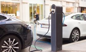 Accelerarea tranziției la vehicule nepoluante