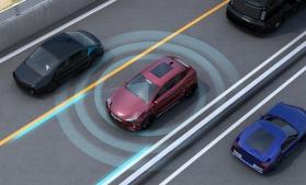 Parlamentul European: Autoturismele noi ar trebui echipate cu dispozitive inteligente de frânare, sisteme care detectează pietonii și asistență la accelerare
