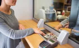 BBC Mundo: Doar în şase ţări femeile au mai multe conturi bancare decât bărbaţii