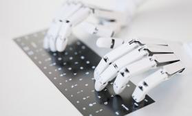 Studiu: Până în 2027, inteligența artificială va face să dispară 24,7 milioane de locuri de muncă, dar va crea alte 14,9 milioane de joburi, majoritatea în tehnologie