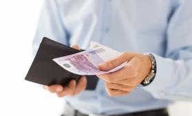 Eurostat: Salariul minim variază de la 286 euro, în Bulgaria, la 2.071 euro, în Luxemburg