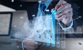 Factorii capital și muncă, în competiția pentru creșterea performanțelor economiei românești