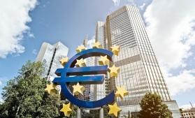 BCE: Jumătate dintre băncile zonei euro nu ar supravieţui unei penurii de numerar de şase luni