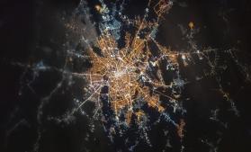 O fotografie cu Bucureștiul văzut din spațiu, publicată de astronauții de pe ISS
