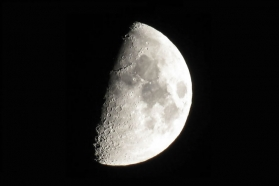 Descoperire a cercetătorilor spațiali: Luna ruginește din cauza Pământului