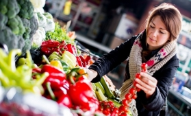 Comerțul cu bunuri de larg consum a crescut cu 10% în România, în 2020