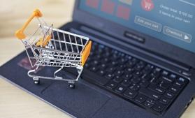 Pandemia a crescut comerțul online în România cu o treime, anul trecut