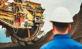 O lume cu emisii reduse de carbon are nevoie de investiții de 1.700 miliarde dolari în minerit