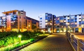 Aproape jumătate dintre locuitorii UE trăiesc în apartamente; România, printre țările membre unde majoritatea populației trăiește la case