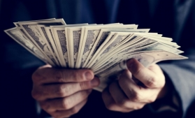 HSBC estimează că numărul milionarilor chinezi se va dubla până în 2025