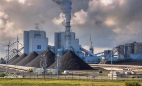 IEA: Cărbunele va duce la un nou record de emisii de CO2 în sectorul de electricitate, în 2022