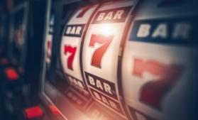Termene.ro: Scădere considerabilă a profitului companiilor de pe piața jocurilor de noroc și a pariurilor din România