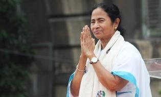 Mamata Banerjee, pe urmele Indirei Gandhi
