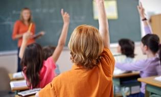 Din anul școlar 2016-2017, elevii au propriul Statut