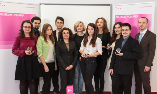 Burse în valoare totală de 112.500 lei pentru 10 studenți emeriți oferite de Telekom România