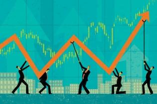 """Investițiile și consumul, """"concurenți"""" la creștere economică"""
