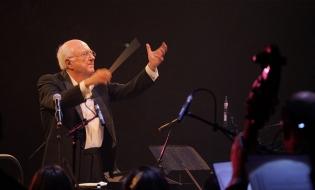 Turneul Vladimir Cosma – 50 de ani de succes continuă în Franța și Elveția
