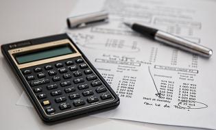 Proiect MFP: Operatorii economici și persoanele juridice fără scop patrimonial vor avea un nou termen de corectare a erorilor din situațiile financiare anuale