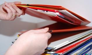 AM POCU elimină unele criterii de evaluare în scopul simplificării procedurilor pentru depunerea proiectelor