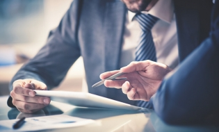 Băncile membre ale CPBR: Codul de bune practici bancare, în consultare publică