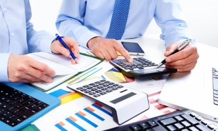 Tratamentul contabil și fiscal al tichetelor cadou și cadourilor pentru salariații entităților economice