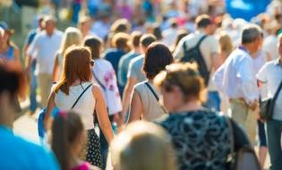 Populația rezidentă s-a diminuat în 2016 cu 122.000 de persoane