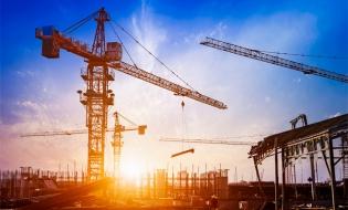 Raport: Peste jumătate dintre locuinţele noi din România au fost construite în suburbii