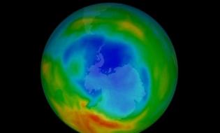 NASA: Gaura din stratul de ozon s-a micșorat, datorită interzicerii la nivel global a chimicalelor distrugătoare