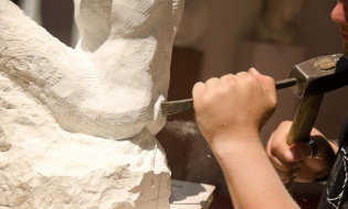 Proiectul cultural Contemporanii– dialog autentic între creatorii și consumatorii de artă