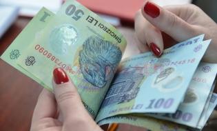 Câştigul salarial mediu net, 2.708 lei, în iulie