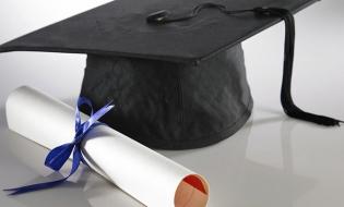 MEN a aprobat standardele naţionale minimale pentru acordarea titlului de doctor