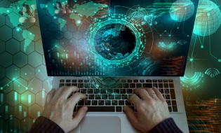 Studiu EY: Organizațiile mari sunt mai vulnerabile în fața amenințărilor cibernetice
