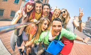 Raportul anual Erasmus+: Aproape 28.000 de participanți la peste 500 de proiecte de educație și formare, în 2017, în România