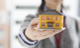ANCPI: Numărul tranzacţiilor imobiliare a scăzut cu aproape 18.700, în primele două luni