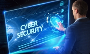 Studiu: Piaţa asigurărilor împotriva riscurilor cibernetice ar putea ajunge în România la 25 milioane euro, în 2025