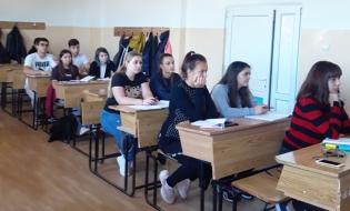 """CECCAR Ilfov: Membri din conducerea filialei, în dialog cu elevii claselor cu profil economic de la Liceul Tehnologic """"Barbu A. Știrbey"""" Buftea"""