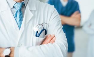 Sondaj: Peste jumătate dintre români nu au o asigurare privată de sănătate și nici nu vor să încheie una, în următoarele 6 luni