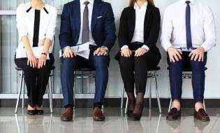 Ajutor financiar de până la 2.500 de lei pe lună pentru firmele care angajează șomeri