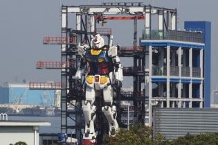 Un robot care are peste 18 metri înălțime și cântărește 24 de tone a fost testat în Japonia