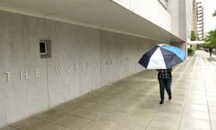 Banca Mondială se aşteaptă la o scădere treptată a remitenţelor din cauza virusului