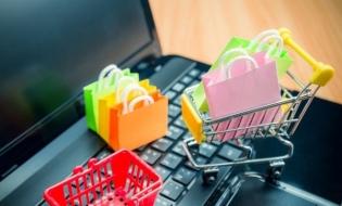 PayU: Piața de fashion online din România va depăși valoarea de un miliard de dolari, la sfârșitul anului 2021