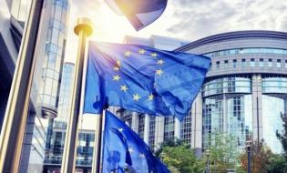 CE a actualizat Strategia industrială 2020; documentul se concentrează pe IMM-uri, pentru care sunt prevăzute sprijin financiar și măsuri adaptate