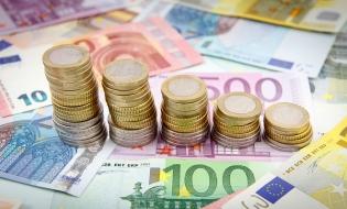 Deficitul de cont curent, 6,62 miliarde euro, în primele nouă luni