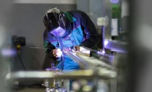Producţia industrială a crescut, în UE, cu 1% în ianuarie faţă de luna anterioară