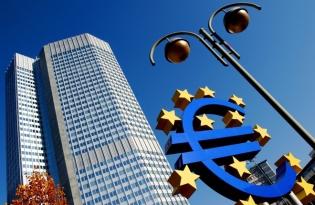 BCE revizuieşte estimările privind creşterea economică şi a inflaţiei