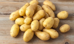 INS: Preţul cartofilor, mai mare cu 21,71% față de luna decembrie 2018. Ouăle și fasolea, mai ieftine comparativ cu sfârșitul anului trecut